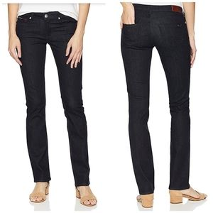 NWT Tommy Hilfiger Mid-Rise Straight Leg Jeans